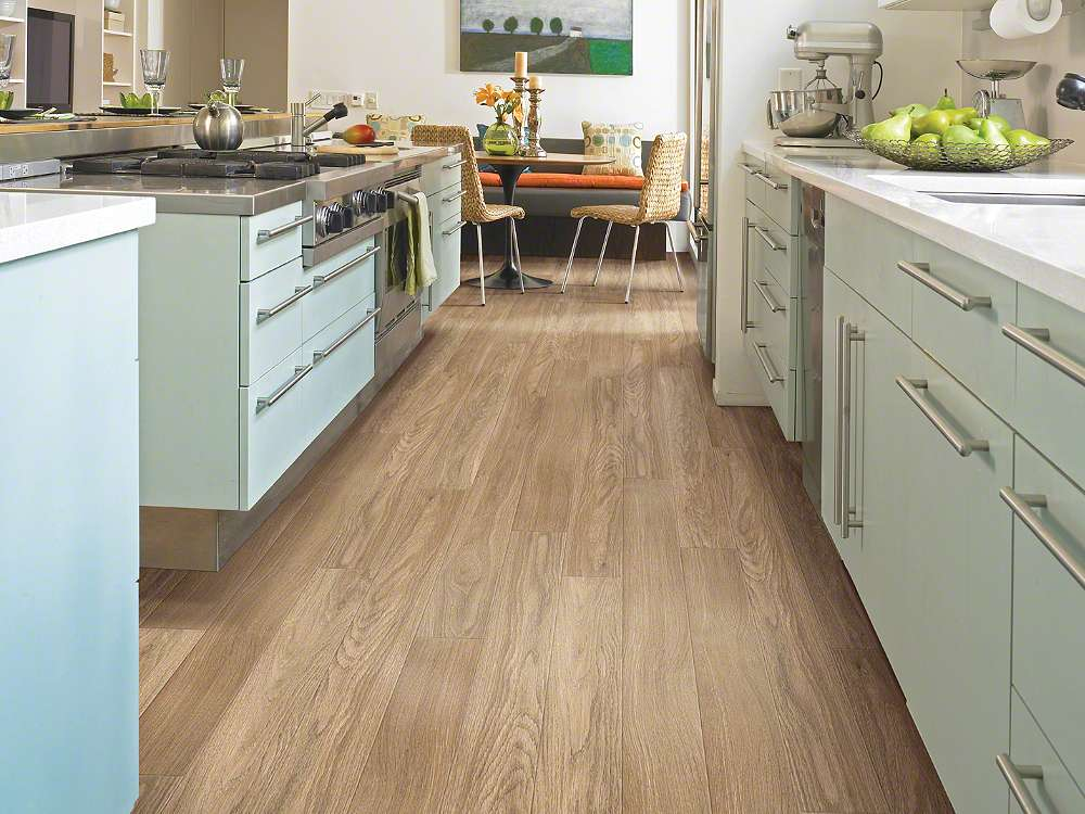 Laminate flooring made in the shade for Laminate floor colors choose